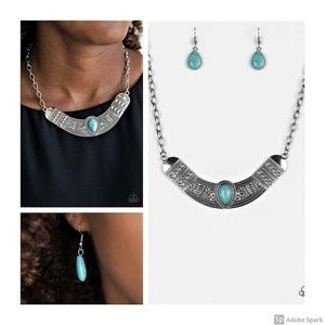 Very Venturous - Turquoise Necklace and earrings